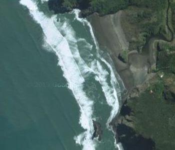 NZ-Surf-Guide_Beach-View_Anawhata