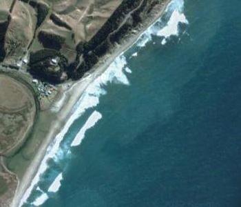 NZ-Surf-Guide_Beach-View_Slipperies
