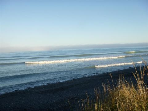 NZ-Surf-Guide-Graveyards-1.JPG