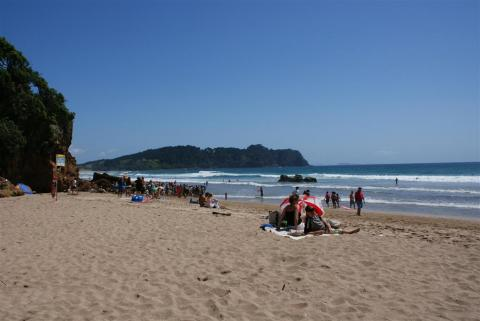 NZ-Surf-Guide-Hot-Water-Beach-North-1.JPG
