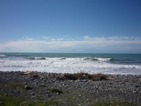 NZ-Surf-Guide-MeatWorks-1.JPG