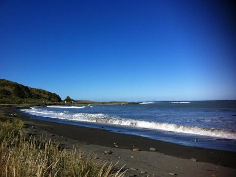 NZ-Surf-Guide-Okiwi-Bay-Point2.JPG
