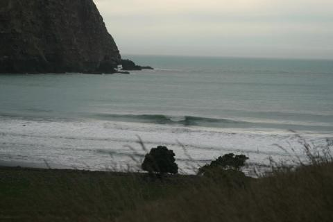 NZ-Surf-Guide-Hickory-Bay-Far-Right-Peak.jpg